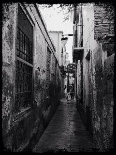 travel photography hdr backstreets malaga