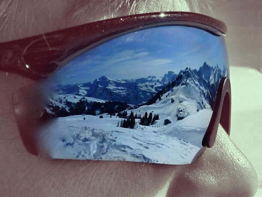 #wapinmyshades #wppsunglasses  #gdwanderlust #winter #colorsplash #snow #winterfun