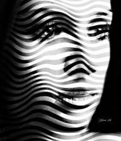 artisticselfie shapemask pattern blackandwhite girl